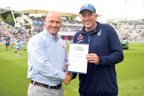 Thom presented with award at Test match