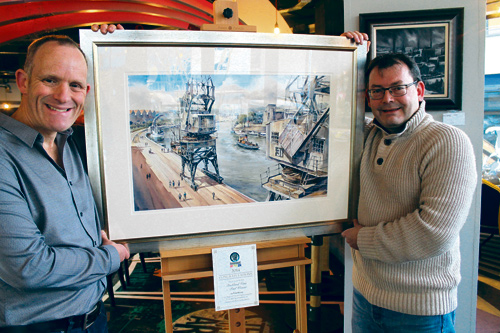 Harbourside Art Gallery competition winner Paul Weaver with Steve Bowen of Steak of the Art