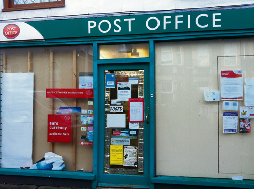 closed post office in mangotsfield.