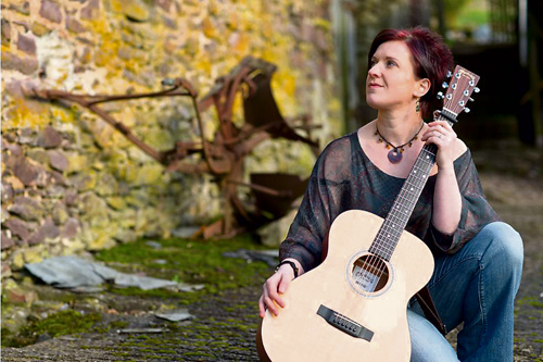 Ange Hardy will perform on Friday June 20 at Frenchay Village Hall. Doors open 7.30pm for an 8pm start.