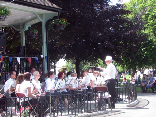 armed forces day bandstand