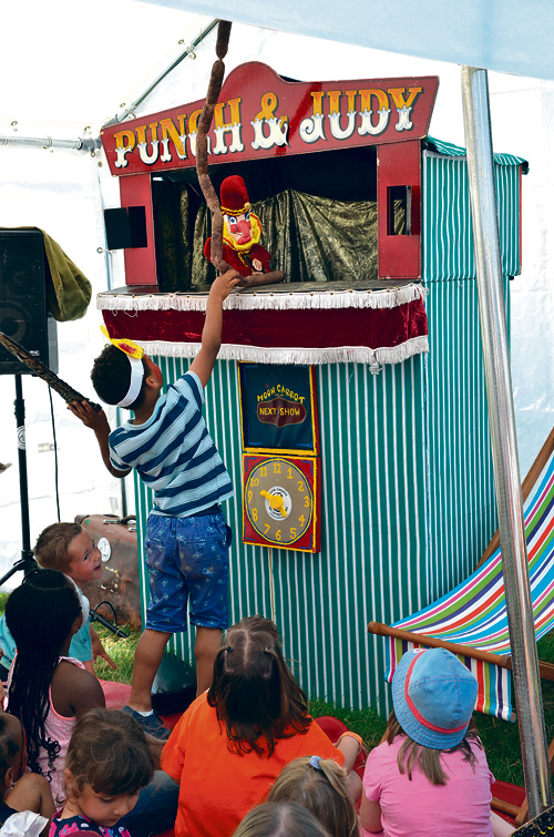 punch and judy at mango festival